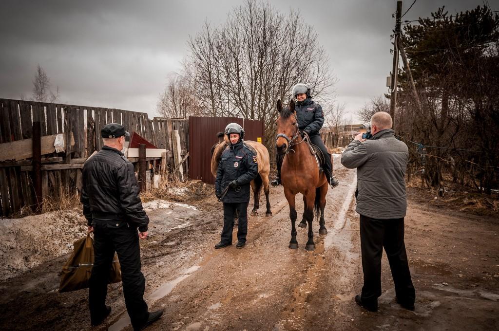 Конная полиция, патрулирование СНТ (апрель, Владимир) 09