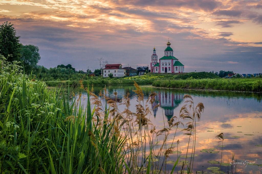 Суздаль. Ильинская церковь на Ивановой горе.
