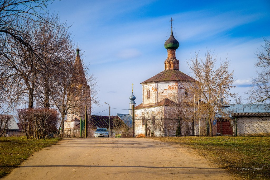 Церковь Косьмы и Дамиана в Коровниках, Суздаль