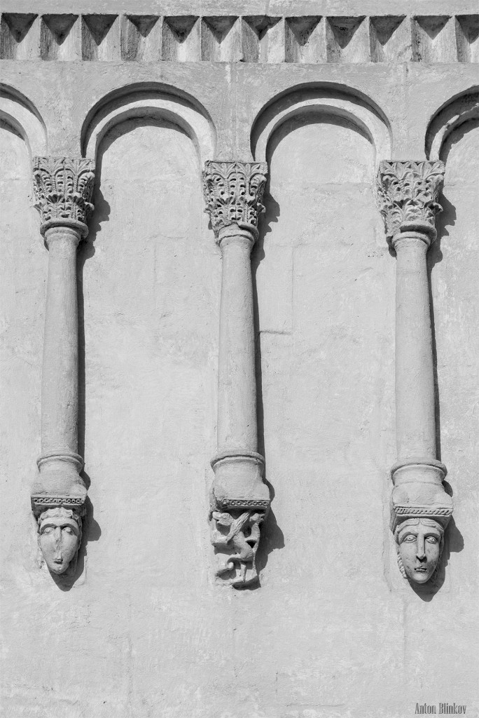 Архитектурные детали храма Покрова на Нерли 05