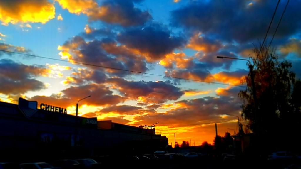 Небо в Коврове 22 мая