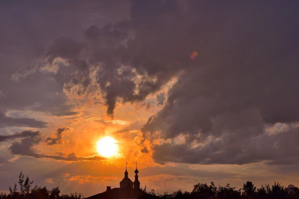 Мгновения июльского заката во Владимире 04