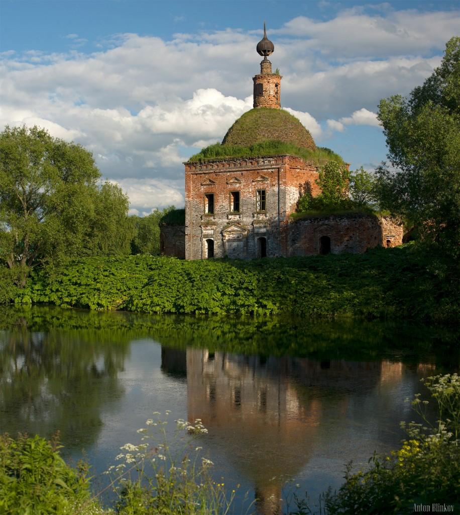 Новокаменское, Суздальский р-н.  Церковь Покрова Пресвятой Богородицы. 1814г.