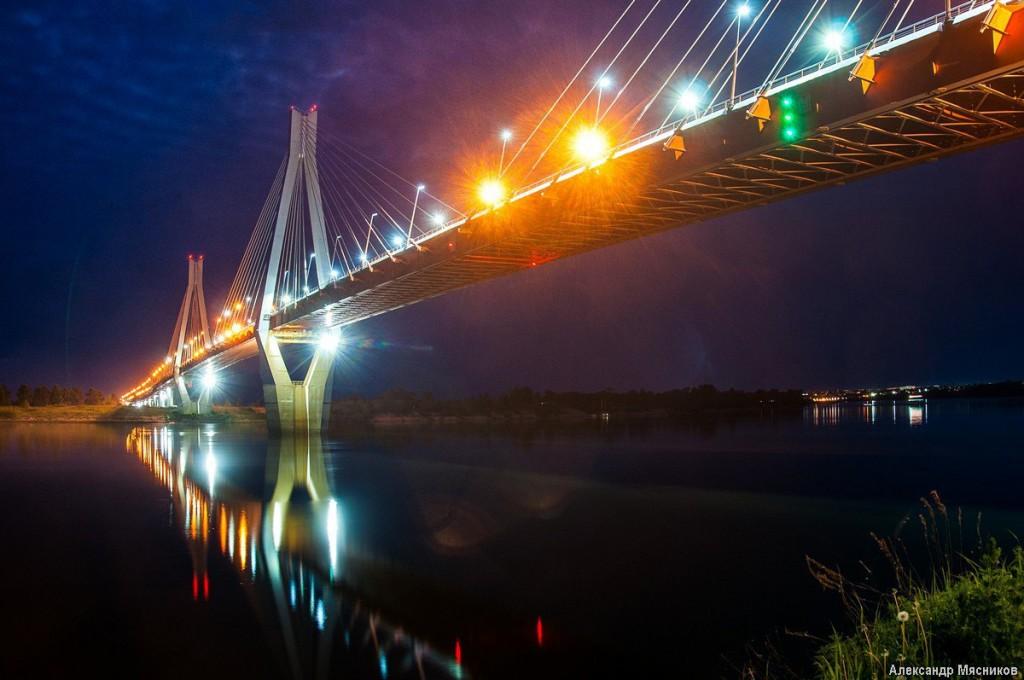 Ночные огни муромского моста 03