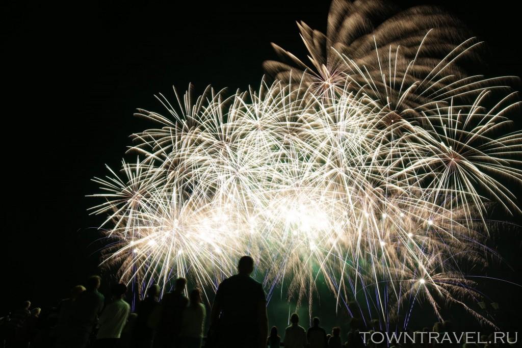 Шоу фейерверков в Муроме на День Города 06