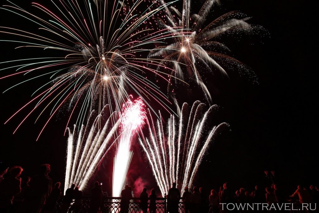 Шоу фейерверков в Муроме на День Города 08