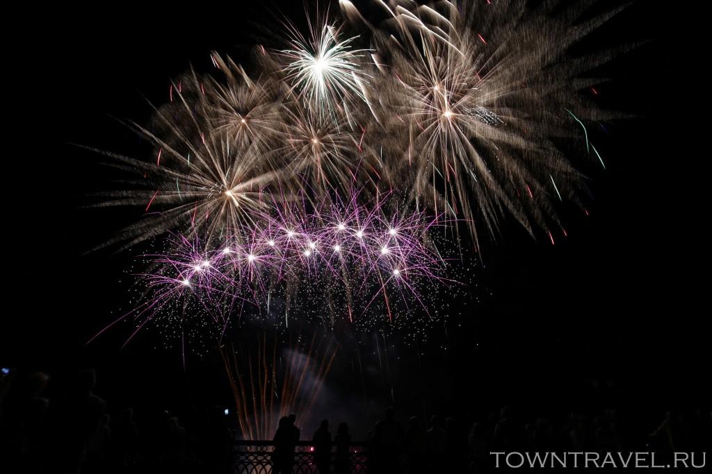 Шоу фейерверков в Муроме на День Города 09