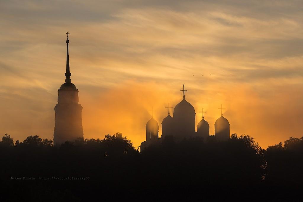 Туманное утро во Владимире 07
