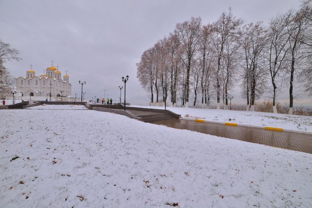 Зимний понедельник октября во Владимире 08