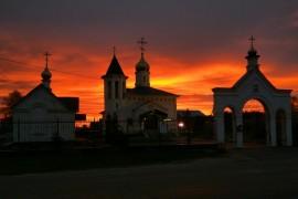 Рассвет 18 окт, 2017. Церковь Благовещения Пресвятой Богородицы в Коврове.
