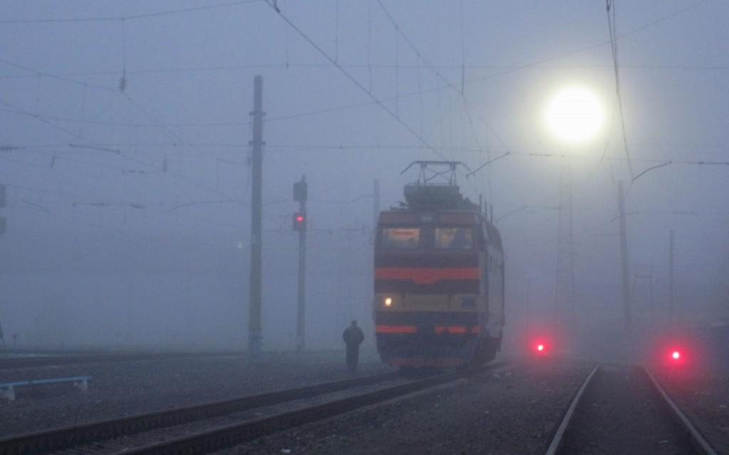 Железнодорожная станция Вязники в тумане 01