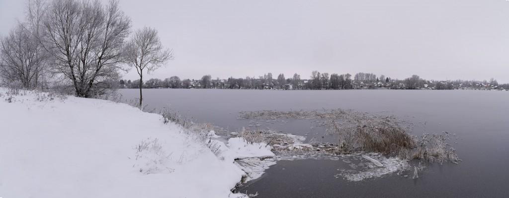 Лед сковал берега Содышки ( конец ноября, Владимир) 01