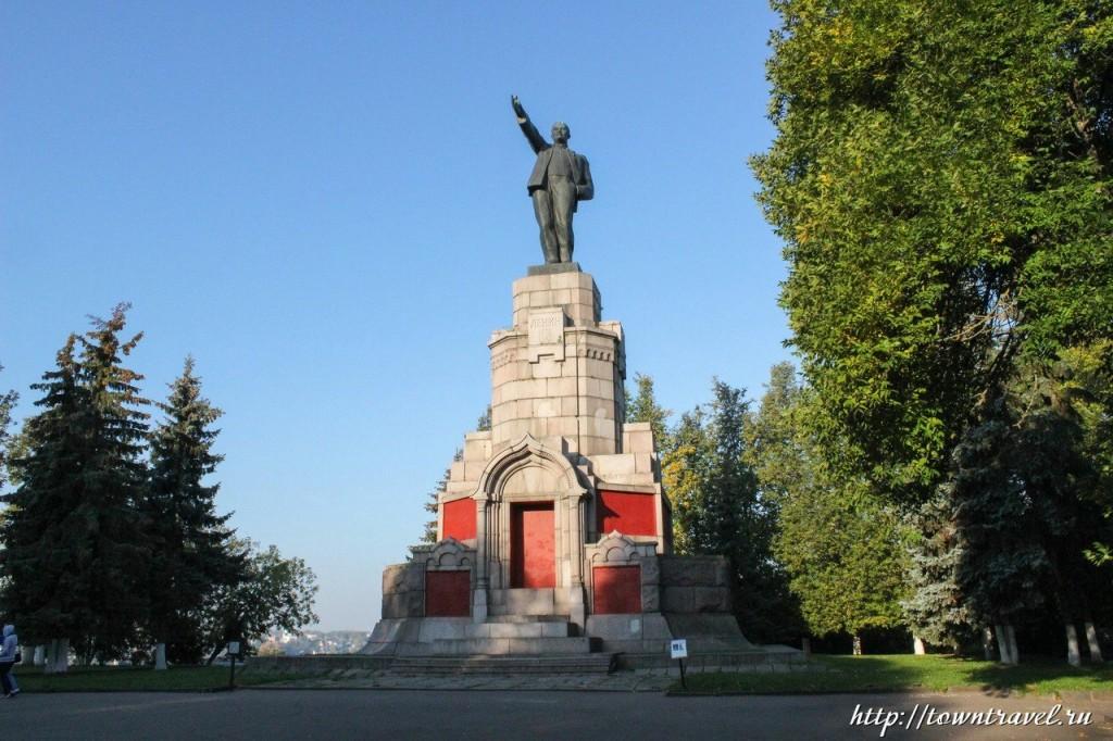 Экскурсия по Костроме Набережная 09