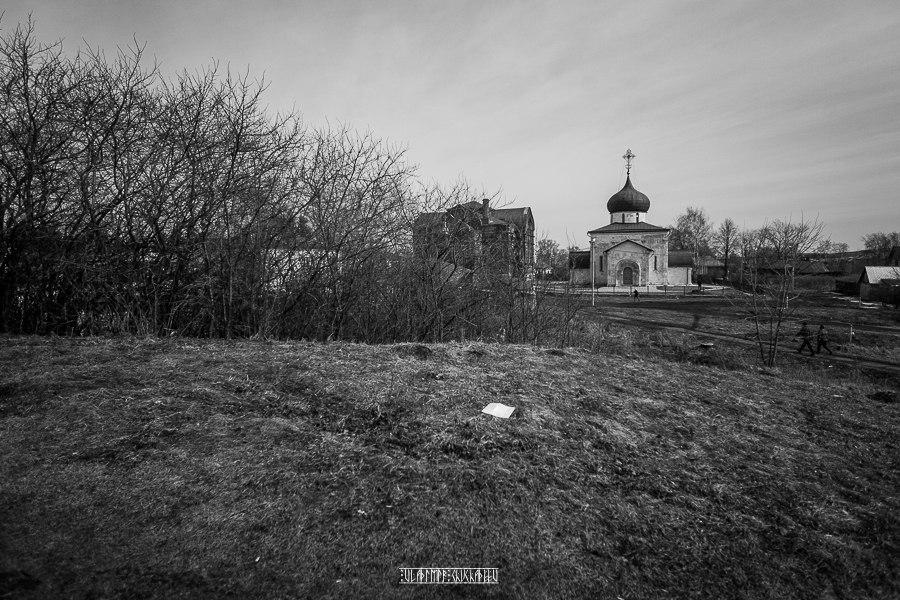 Юрьев-Польский в черно-белых тонах от Владимира Чучадеева 08