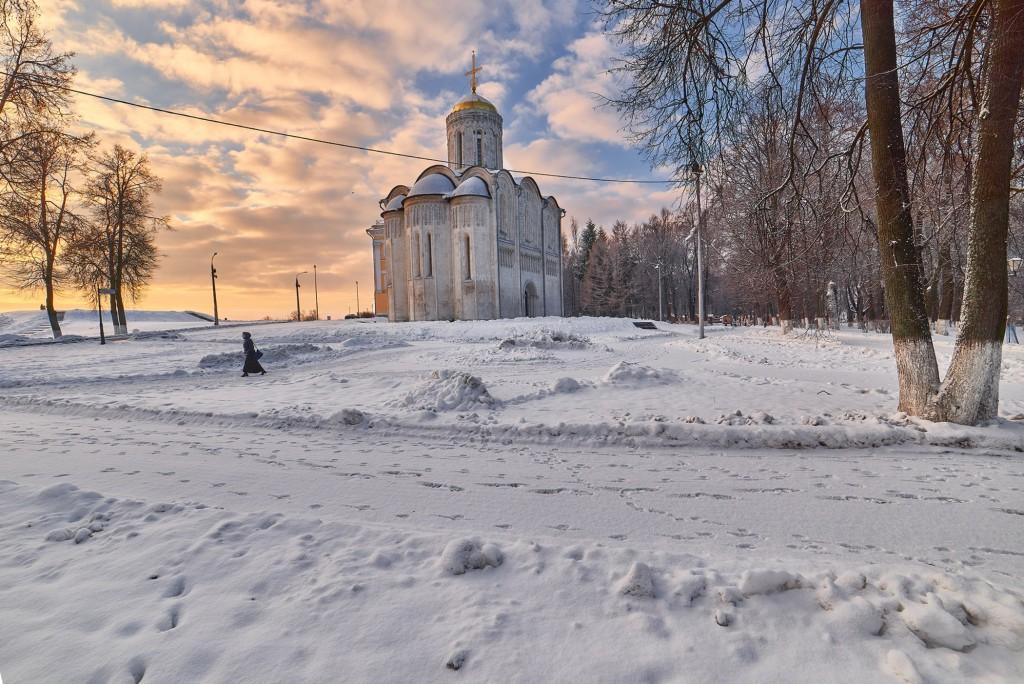 Декабрьский рассвет во Владимире 09
