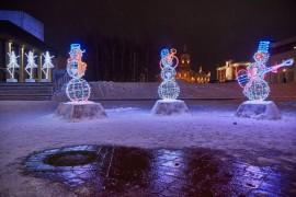 Как украсили театральную площадь Владимира в 2017 году
