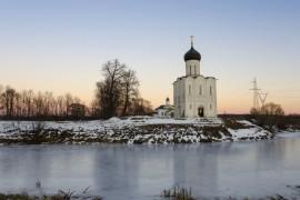 Церковь Покрова на Нерли в декабре 2017