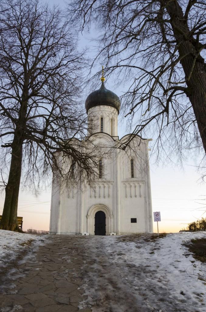 Церковь Покрова на Нерли в декабре 2017 05