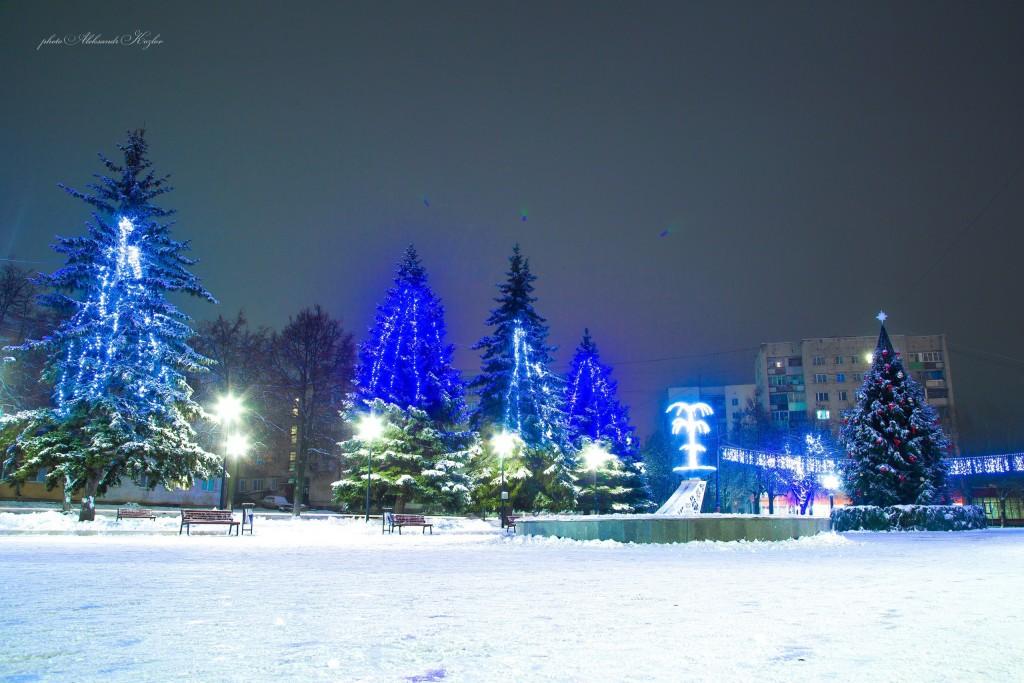 Новогодняя атмосфера на площади Мурома (Вербовский микрорайон, площадь Прокуророва) 02