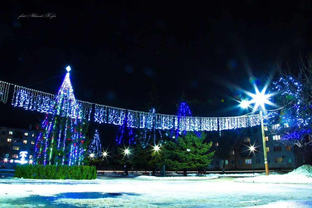Новогодняя атмосфера на площади Мурома (Вербовский микрорайон, площадь Прокуророва) 03