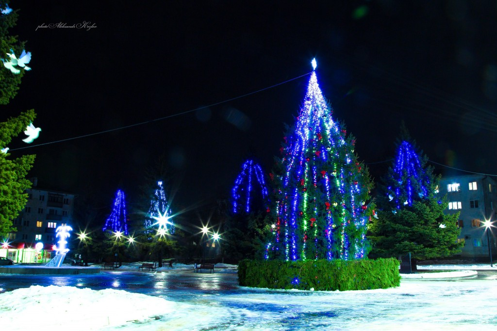 Новогодняя атмосфера на площади Мурома (Вербовский микрорайон, площадь Прокуророва) 04