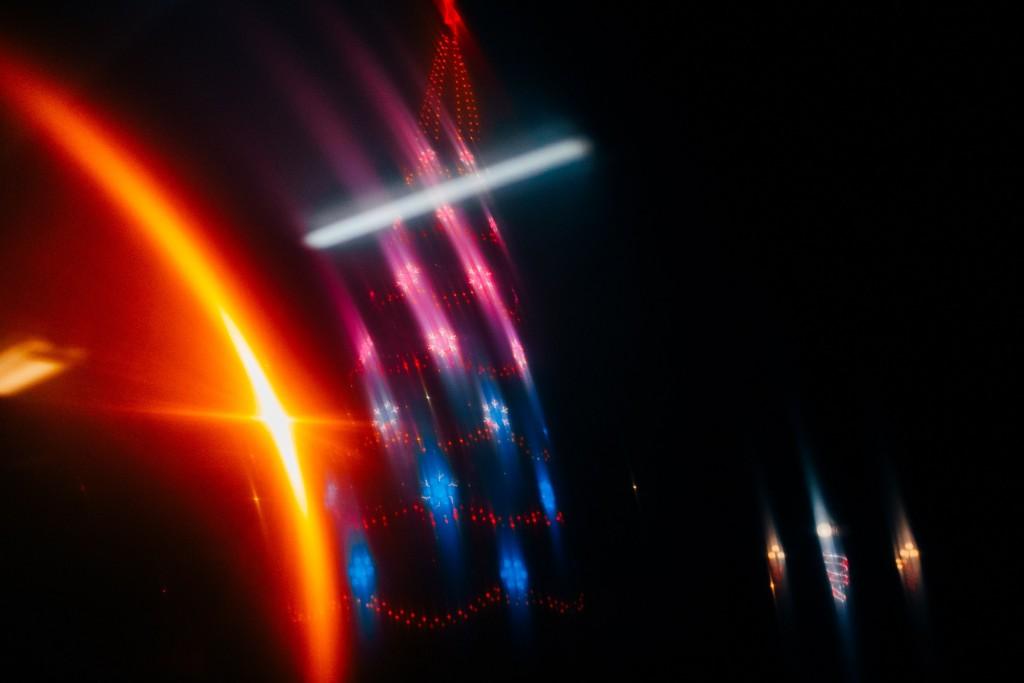 Стекла и новогодние праздники в помощь - прошу в бесснежных городских огней космос 07