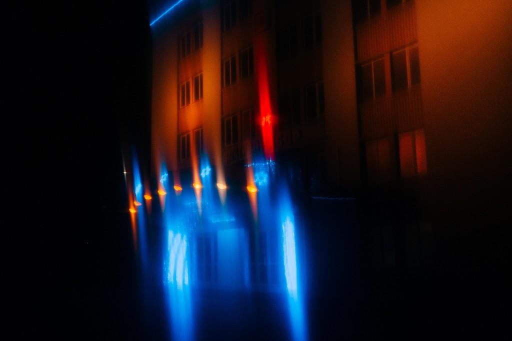 Стекла и новогодние праздники в помощь - прошу в бесснежных городских огней космос 08