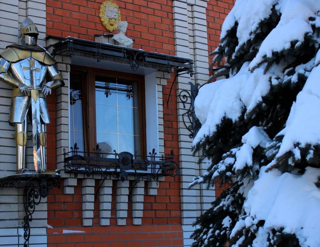 Рыцарский домик во Владимире 02