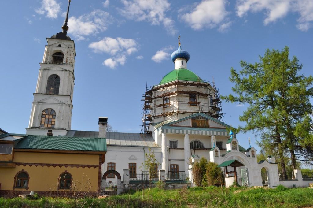 Церковь Троицы Живоначальной (1829) с. Арбузово, Собинский район 01