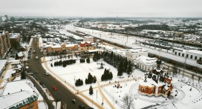 Вокзал и привокзальная площадь в Александрове