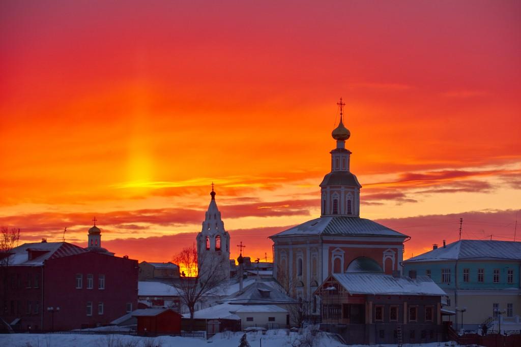 Апельсиновый закат над Владимиром 02
