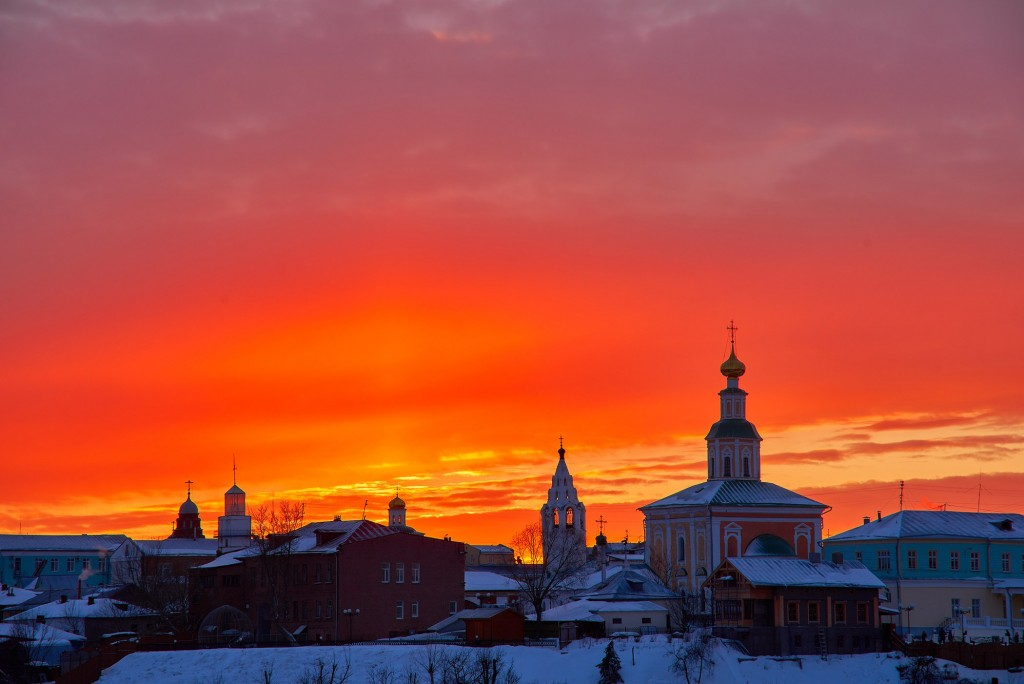 Апельсиновый закат над Владимиром 04