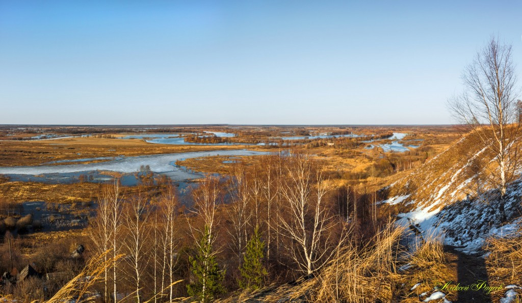 Апрель. Озеро Подгорное.(Вязниковский р-он).