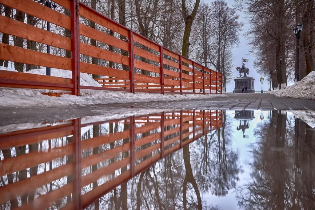 Весенние зеркала ( апрель 2018, г. Владимир ) 01