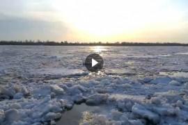 Ока в Муроме вскрылась ото льда. Видео Алексея Федотова