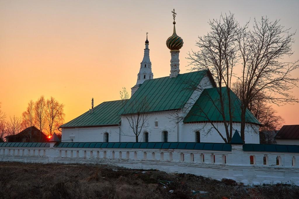 Закат в Кидекше (апрель, Суздальский район, храмовый комплекс Бориса и Глеба ) 05