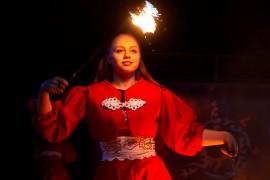 Укротители огня, фаер-шоу на «Библионочи 2018″ ( апрель, Владимир )