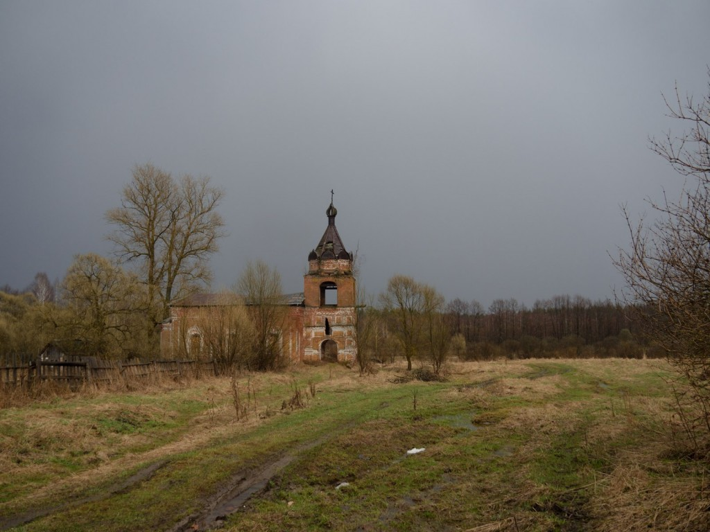 Церковь Троицы Живоначальной, Головино (1881-1885) 02