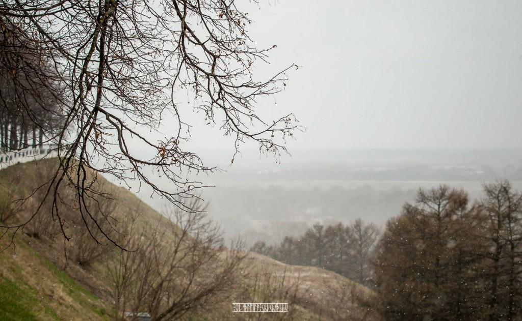 2018_04_22 Хмурь и снежок во Владимире 03