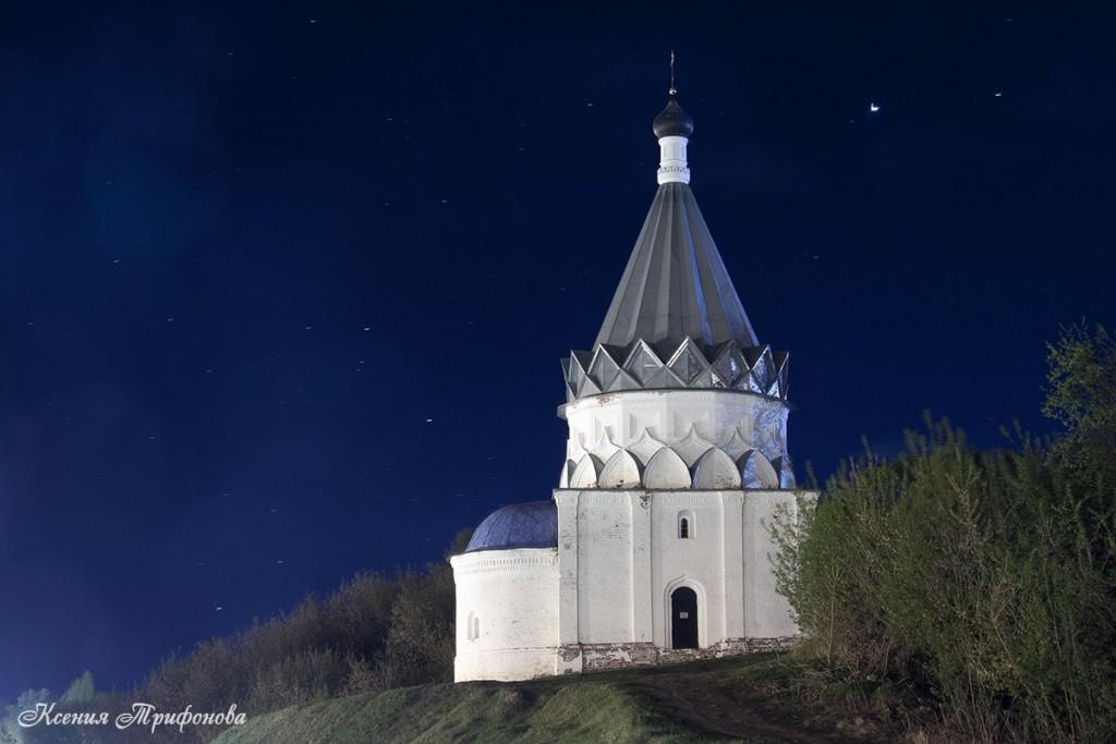 Муром. Козьмодемьянская церковь.