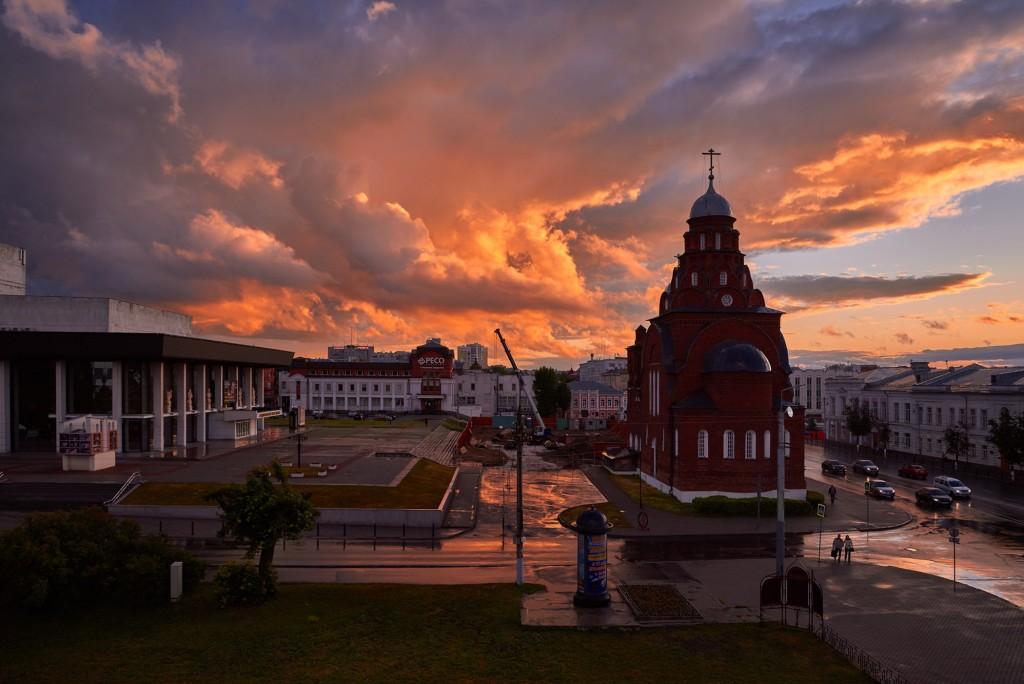 Невероятное небо над Владимиром ( на закате, июнь 2018 ) 01