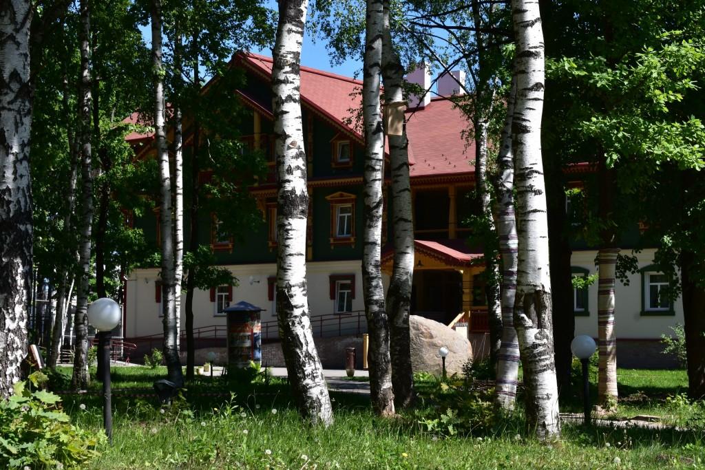 Парк Дружба и гостинично-ресторанный комплекс Русская деревня 08