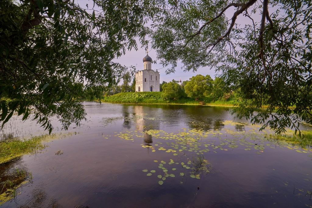 Покрова-на-Нерли в День Крещения Руси 2018 05