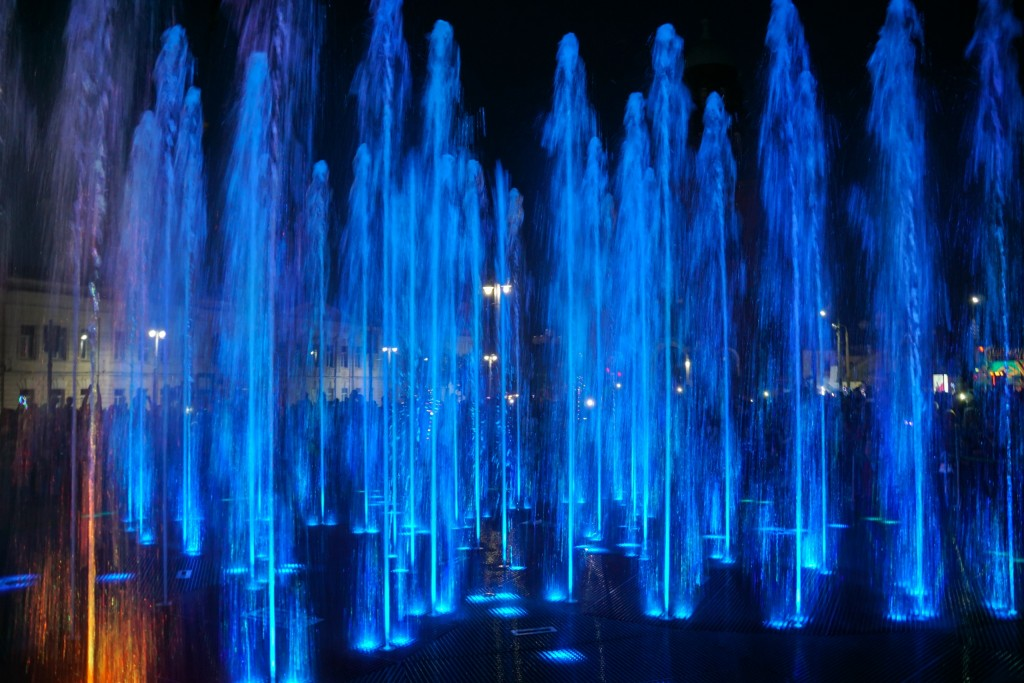 Открытие фонтана и салют на дне города Владимир 02