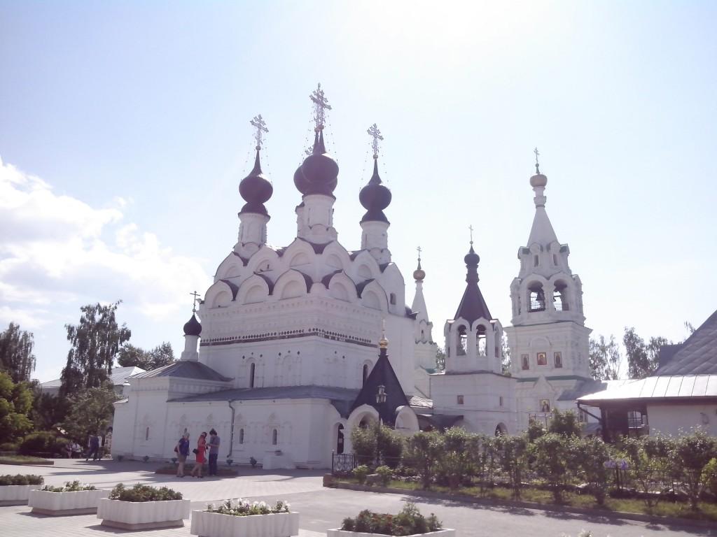Троицкий монастырь в Муроме. Цветник. 05