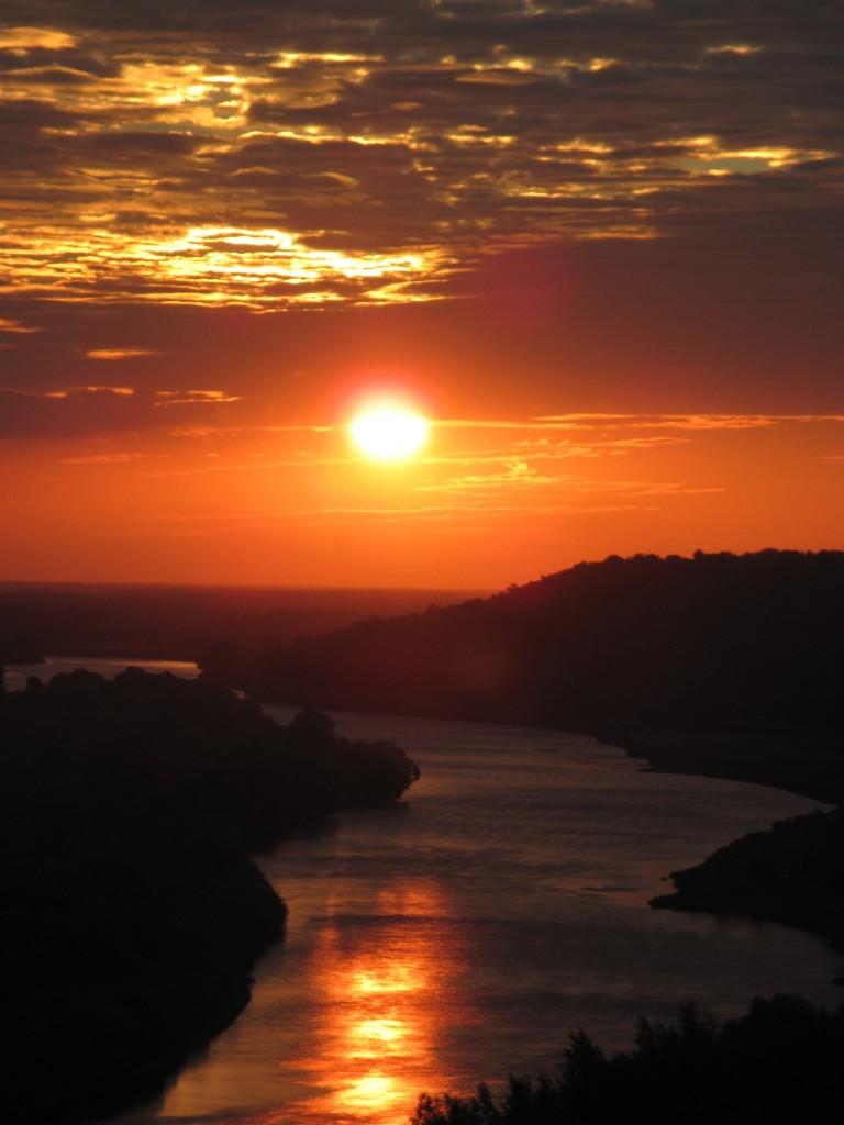 Восход солнца над Клязьмой 01