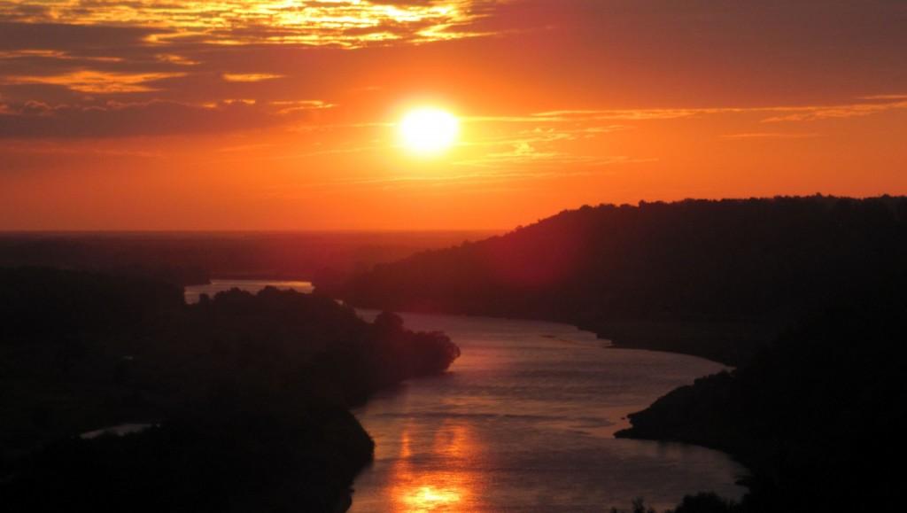Восход солнца над Клязьмой 02