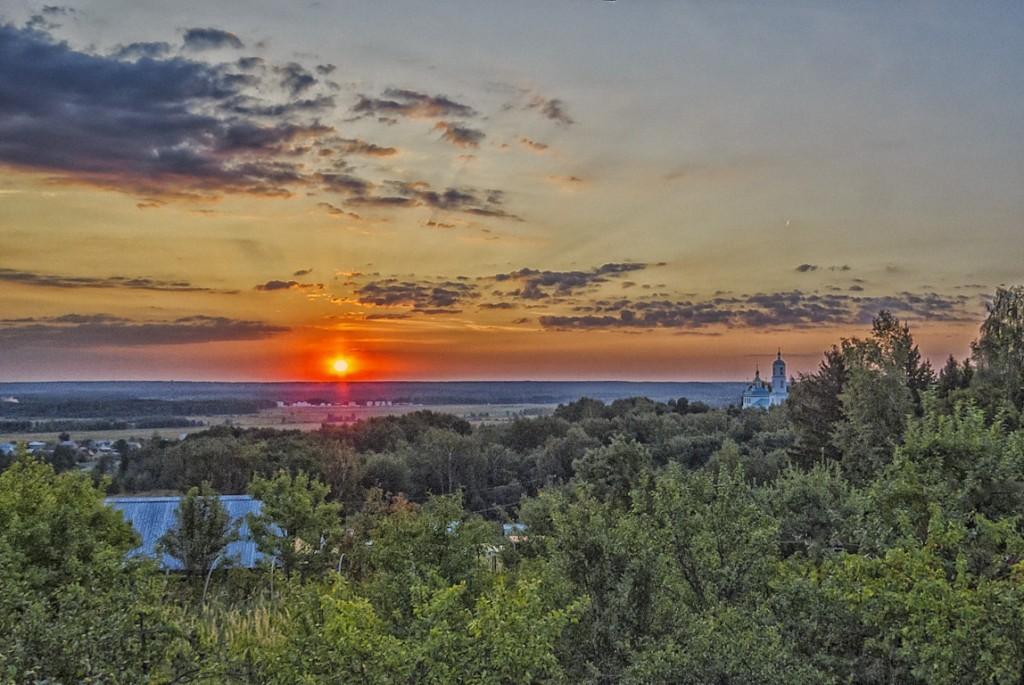 Рассвет на Якушевском озере 01