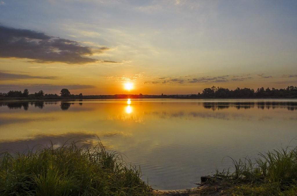 Рассвет на Якушевском озере 02