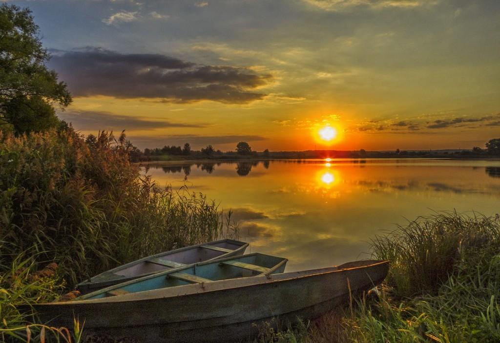 Рассвет на Якушевском озере 04